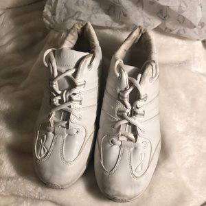 NFINITY white cheer shoes